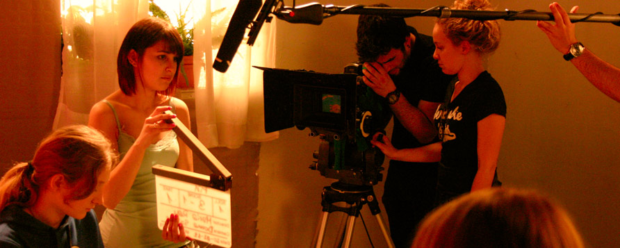 Imágenes de las instalaciones que tiene la Escuela Internacional de Cine y Televisión Septima Ars de Madrid