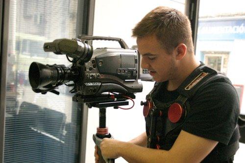 Estudia Profesiones y Oficios de forma práctica de Cine, Televisión y Audiovisuales de la Escuela Septima Ars Madrid - España