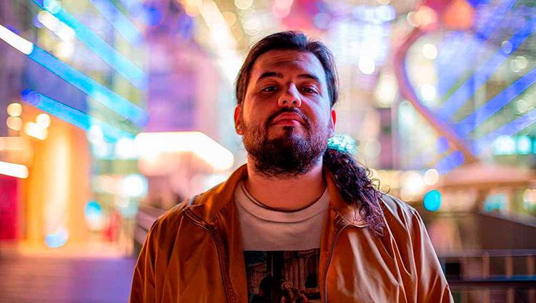 Néstor López antiguo alumnos de la escuela de cine septima ars